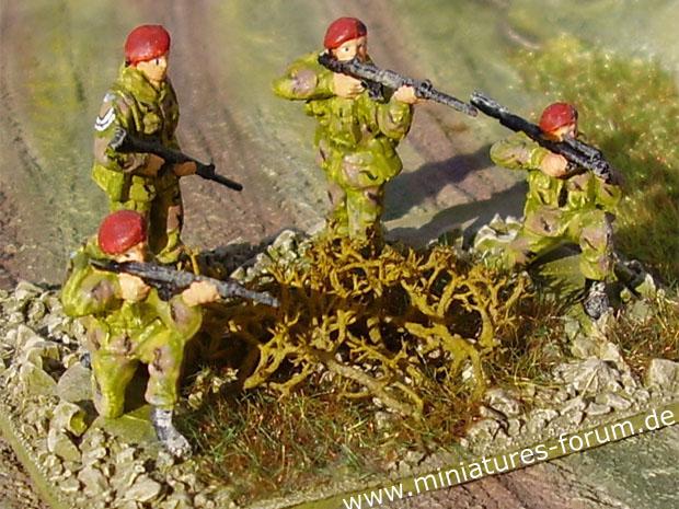 Crossfire Wargame Figure Base of paracadutisti britannici