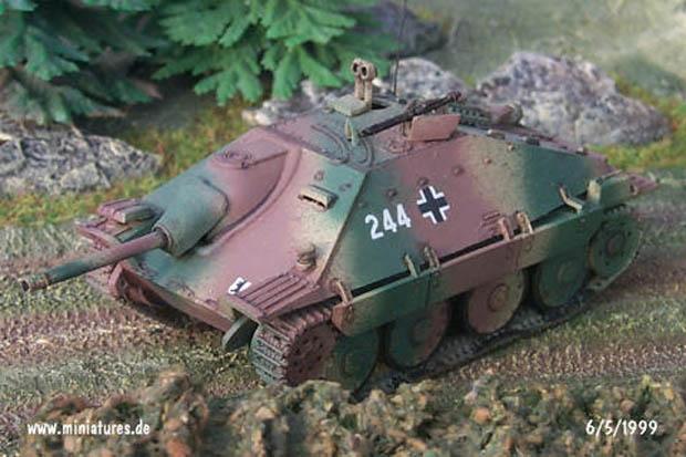 Hetzer Destructor de Tanques con 75 mm L.48 PaK 39 Canñón Antitanque de la Wehrmacht