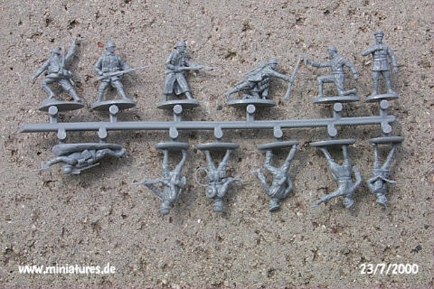 German Infantry and Tank Crew, World War One 1916-1919, 1:72 Miniatures EMHAR 7203