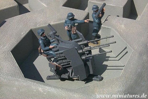 German 20 mm Quad FlaK 38 with Luftwaffe crew, 1:72 Model Kit ESCI 8612