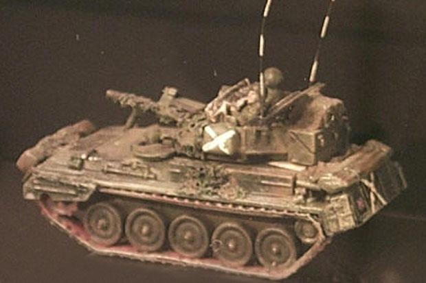 Vehículo Blindado de Combate Ligero Británico F.V. 101 CVR(T) Scorpion, 1:87 H0 Maqueta Trident