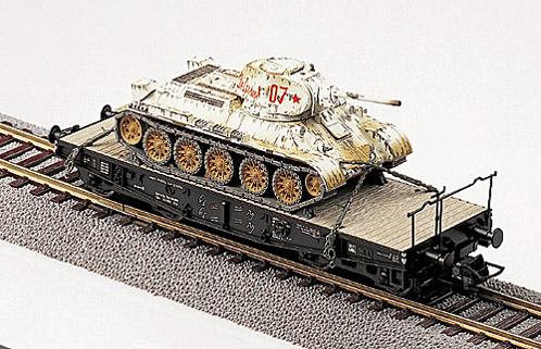T-34 Beutepanzer verladen auf Ssy, winter camouflage, 1:87 Modellismo Roco 874