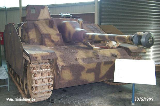 Cañón de Asalto Alemán Sturmgeschütz III con Zimmerit, WTS Koblenz